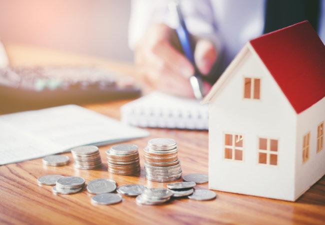 Onyanserad debatt om bankernas höjning av bolåneräntorna